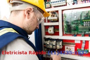 Eletricistas de Manutenção